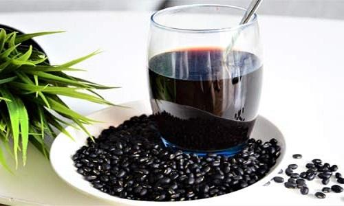 Uống nước đậu đen không rang có tác dụng gì