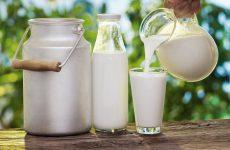 Bị thoái hóa cột sống nên uống sữa gì?