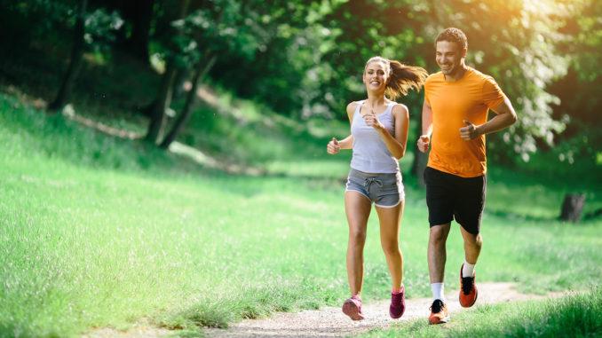 Người bệnh thoát vị đĩa đệm có chạy bộ được không?